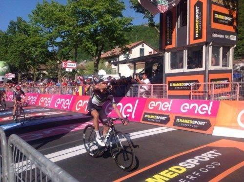 Giro d'Italia, febbre rosa per lo Squalo Vincenzo Nibali (la gallery)