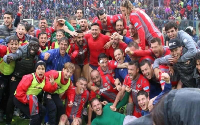 Parma di rigore all'esordio: Cremonese ko